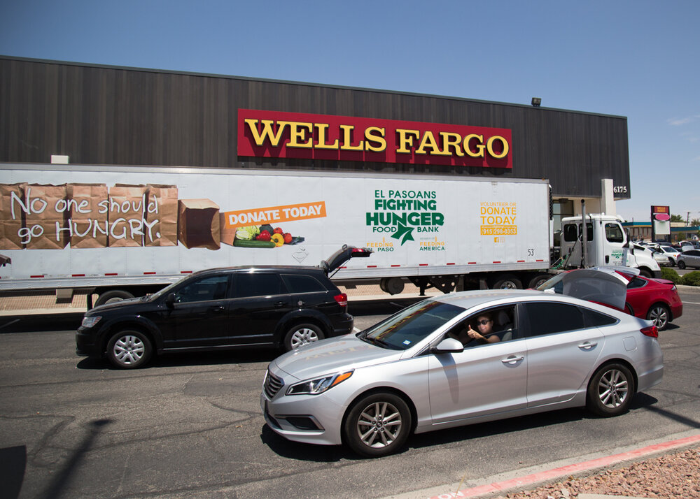 El Pasoans Fighting Hunger and Wells Fargo team up to help feed people struggling with hunger